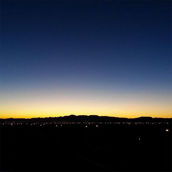 alipomi_sin_city_sunrise_584