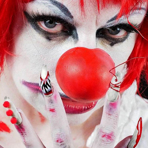 alipomi_wicked_fetch_clown_570