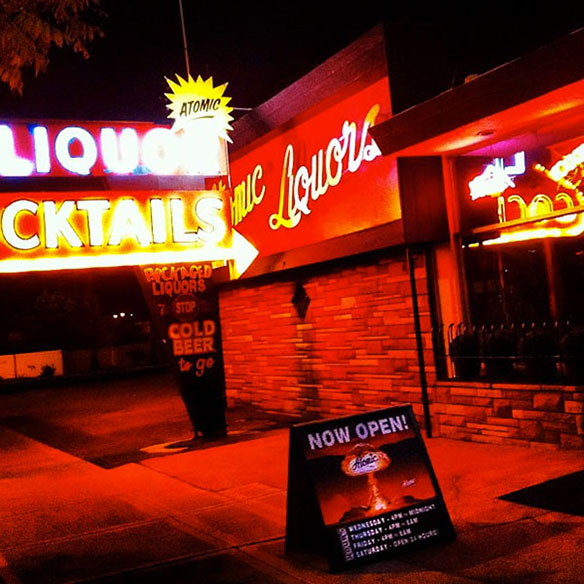atomic_liquors_584