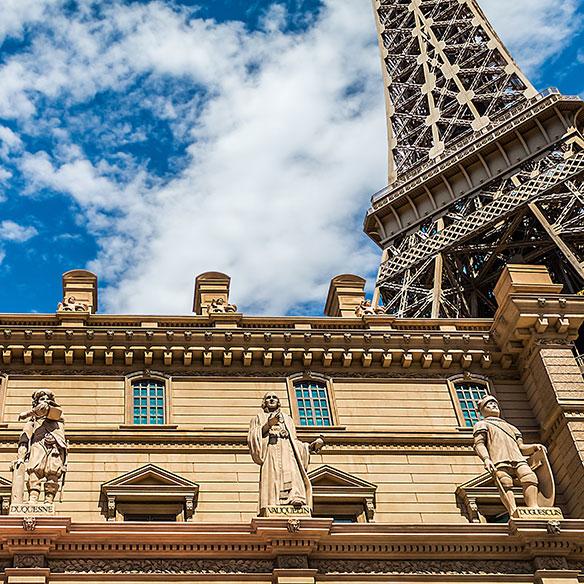 ayurkunas_eiffel_Paris-Casino_584