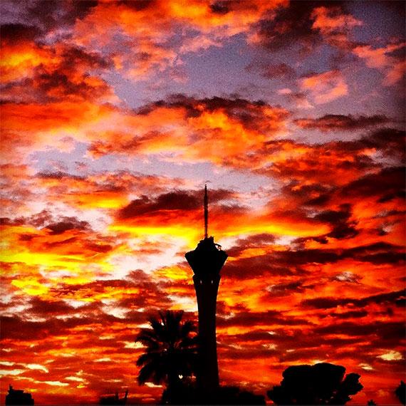 emendre_sunset_strat_570