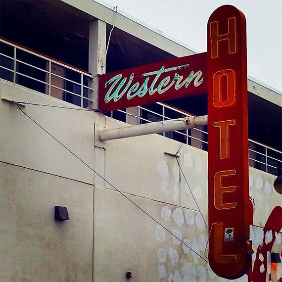 emendre_western_hotel_570
