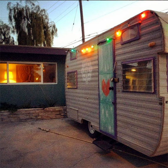 fairy_lights_trailer_deets_570