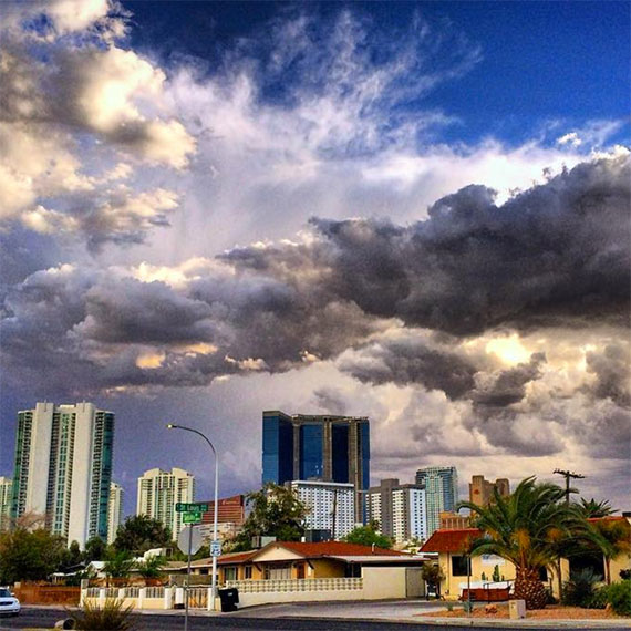 fountainbleau_sky_570