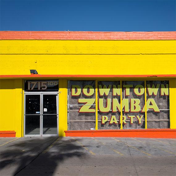 gelliott_downtown_zumba_party_570