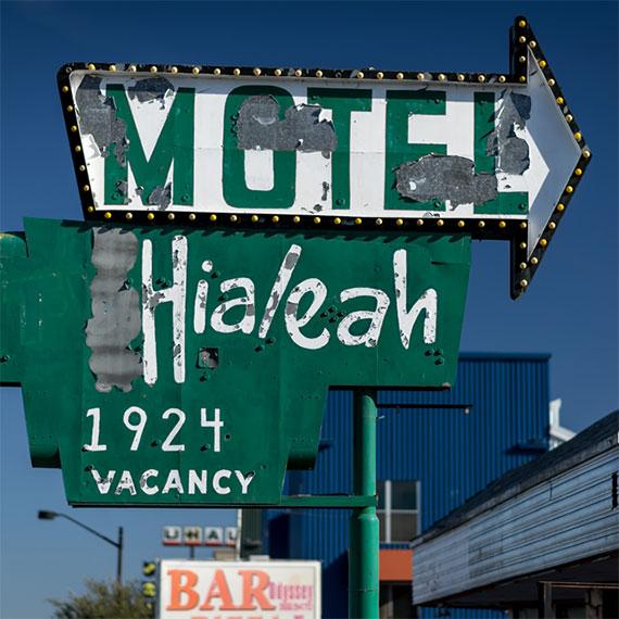 gelliott_hialeah_motel_.570