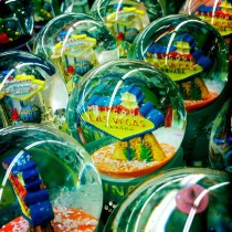 ginger_snow_globes_600