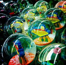 ginger_snow_globes_w_home
