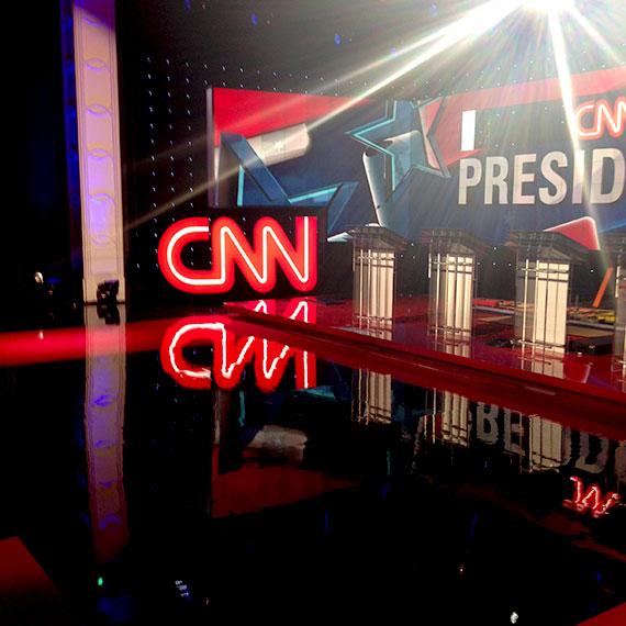 jessica_segovia_cnn_debate_set_570