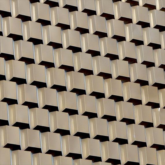 jwinet_plaza_facade_570