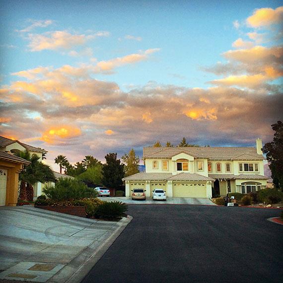 neighborhood_sunset_570