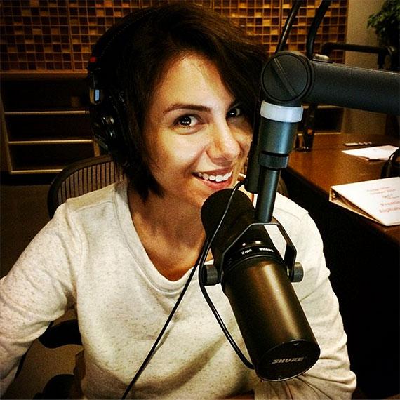 on_the_radio_leslie_ventura_570