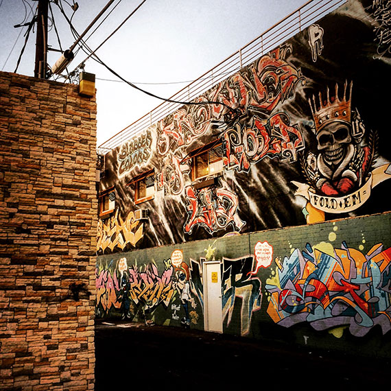 retro_vegas_alley_mural_570