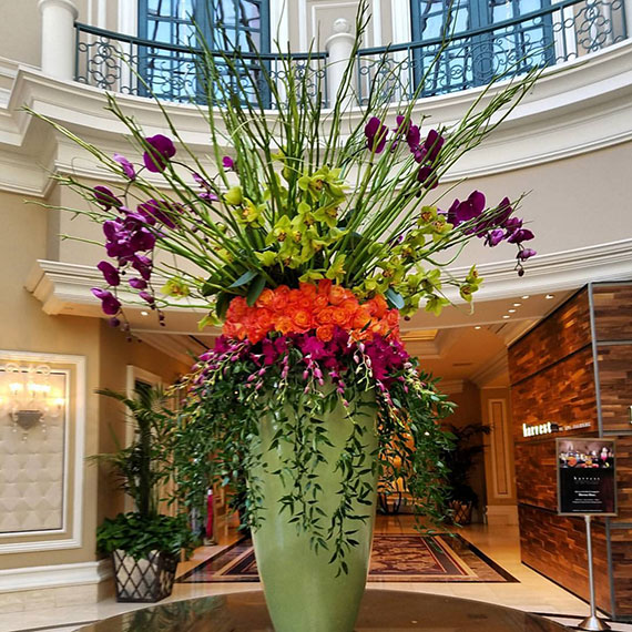 sdouglas_bellagio_floral_display_570