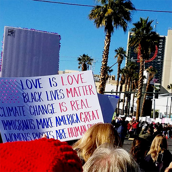 sdouglas_womens_march_dtlv_j21_570
