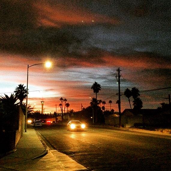 stratosphere_sunset_2266_570