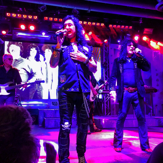 Raidind_the_Rock_Vault_100_570