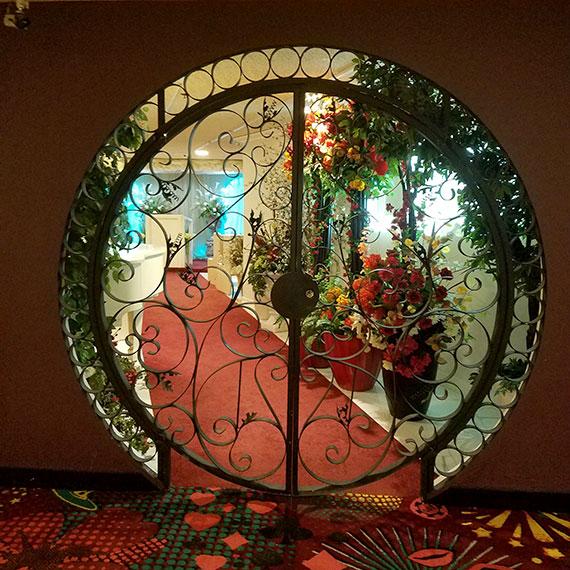 sdoulglas_plaza_wedding_chapel_entry_570