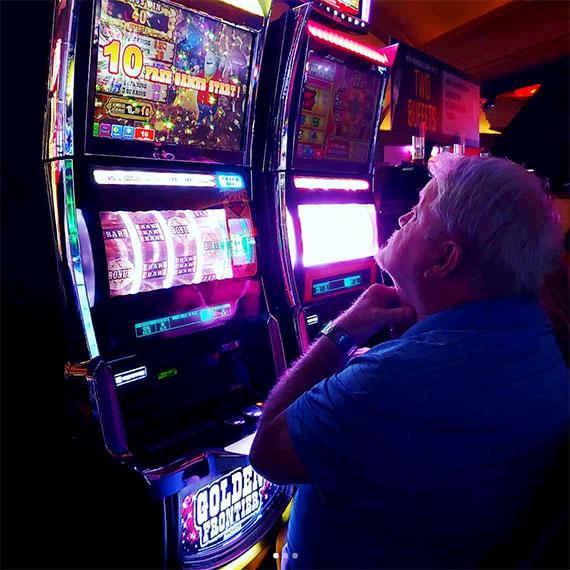 emendre_slot_player_570