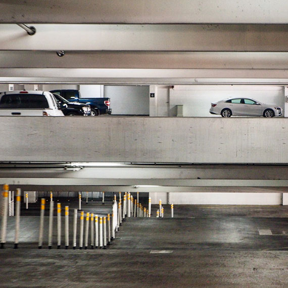 venetian_parking-3355_570