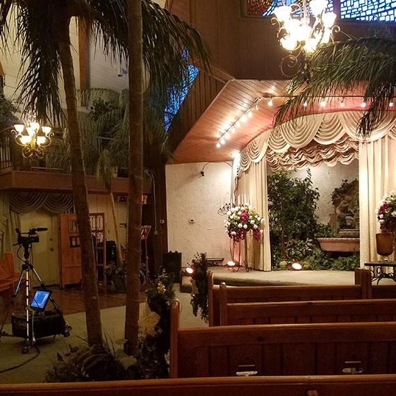 sdouglas_viva_las_vegas_wedding_chapel_570