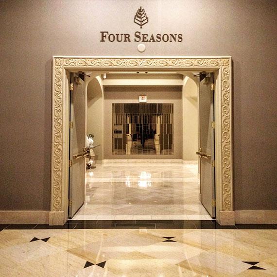 four_season_indoor_entry_hall_5199_570