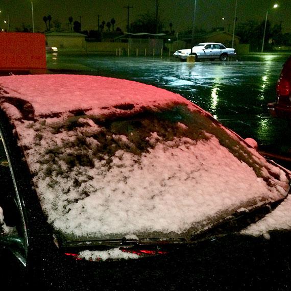 snow_windshield_5447_570