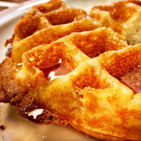 waffle_lous_diner_570
