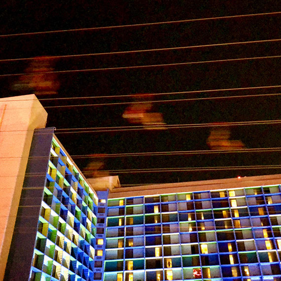 zip_line_at_the_linq_570