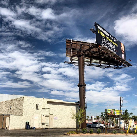 the_physics_of_these_giant_billboards_570