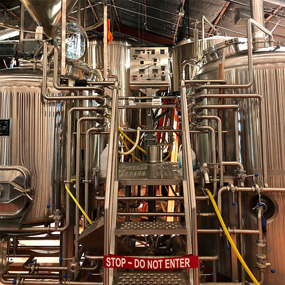 This image has an empty alt attribute; its file name is able_baker_micro_brewery_570.jpg