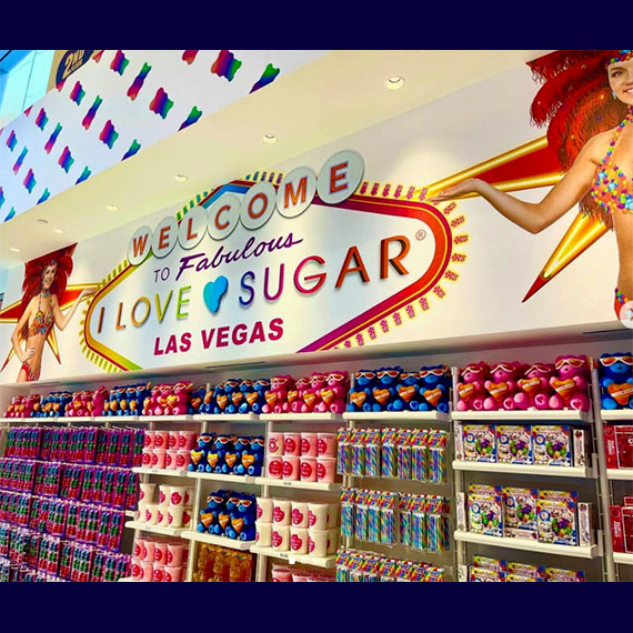 This image has an empty alt attribute; its file name is dperez_i_love_sugar_570.jpg