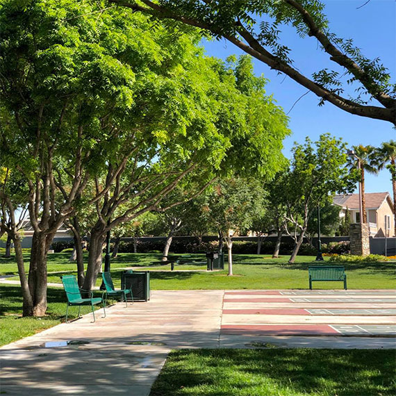This image has an empty alt attribute; its file name is summerlin_garden_park_570.jpg